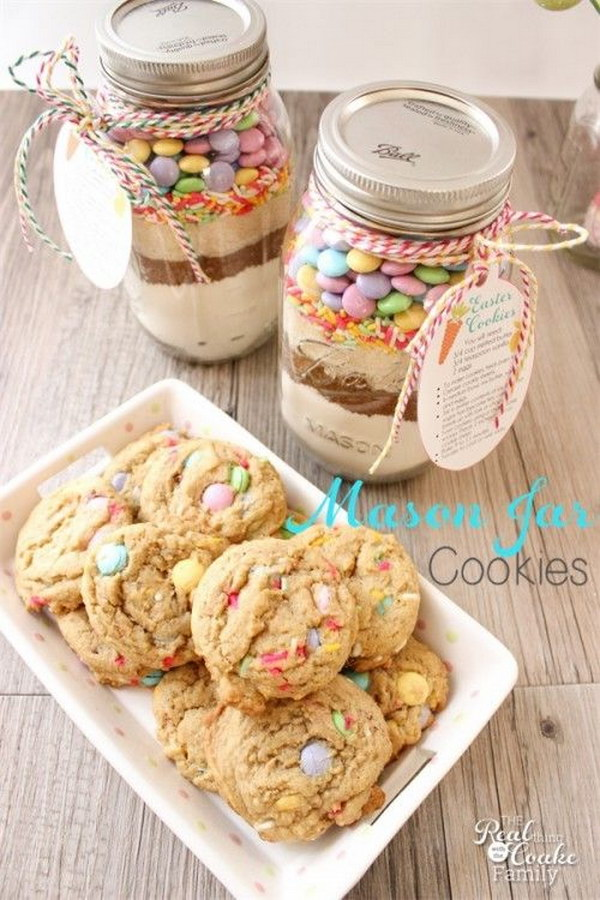 Easter Mason Jar Cookie.