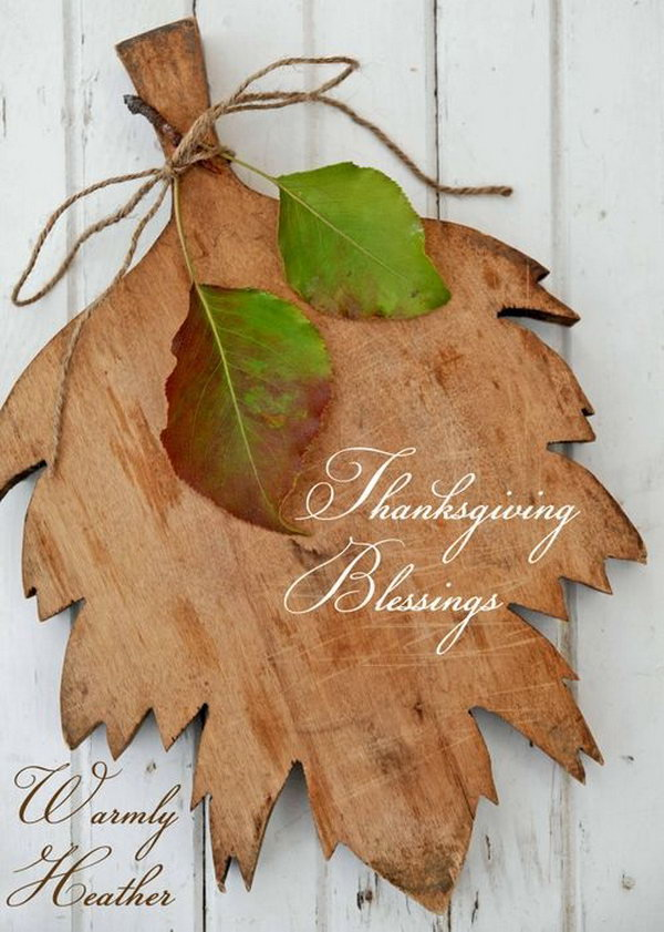 Leaf Shaped Cutting Board.