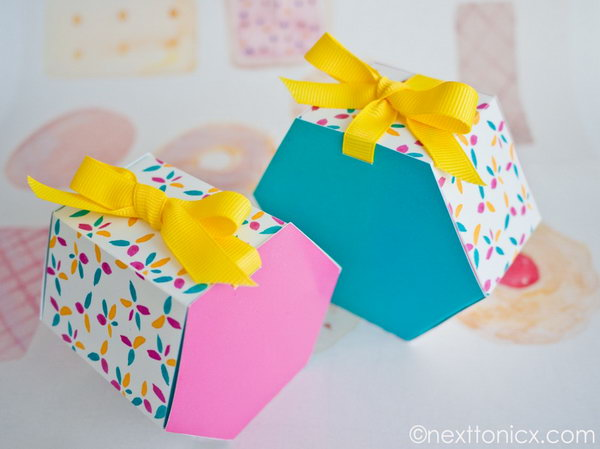 Hexagon Gift Box. Get the tutorial