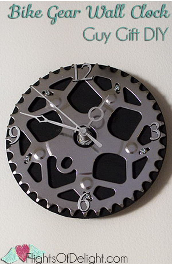 Bike Gear Wall Clock. Get the tutorial