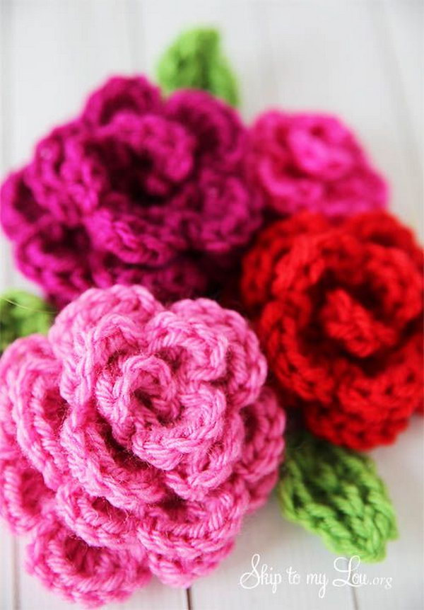 Beautiful Crochet Roses. These roses are quick and easy to crochet and give a beautiful result.