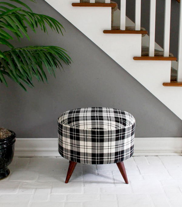 Salvaged Spool Ottoman. See the full tutorial