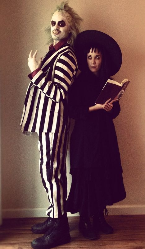 Lydia Deetz and Beetlejuice Costumes  sc 1 st  OFriendly : movie duos costume ideas  - Germanpascual.Com