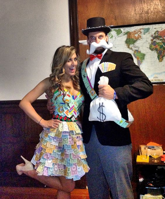 Monopoly Halloween Couple Costume.
