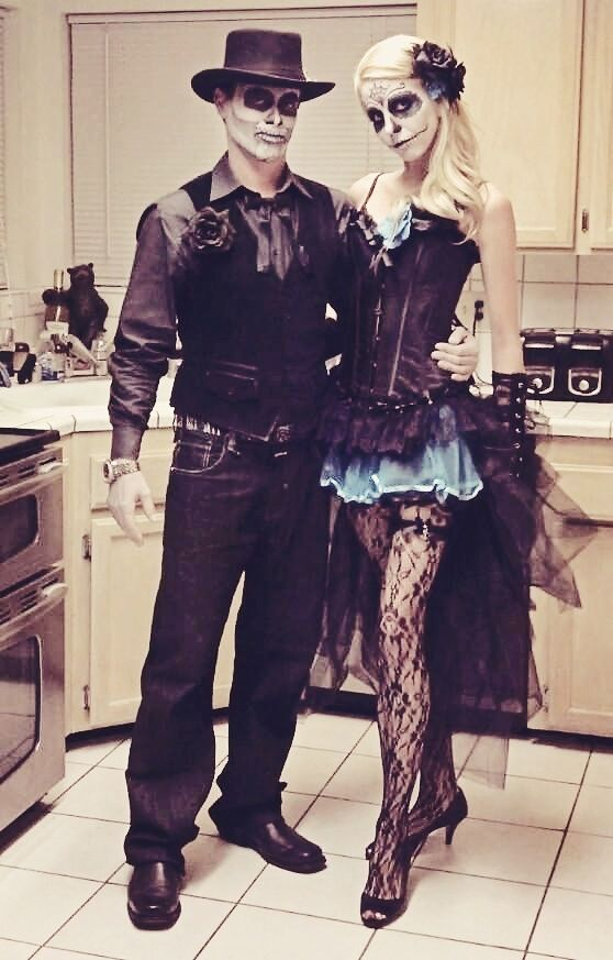 60 halloween costumes for couples. Black Bedroom Furniture Sets. Home Design Ideas